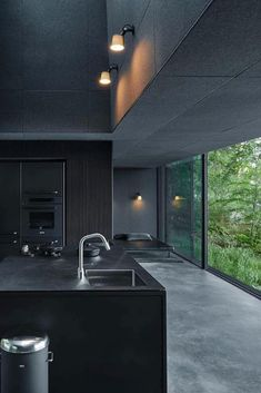 Vipp Shelter Hotel in a Woodland Cabin by the Lake Wowow Home Magazine is part of Minimalism interior - Vipp Shelter is a hotel in a woodland cabin by the lake Immeln designed to invite people to experience firsthand the Vipp's philosophy of good design Dream House Interior, Dream Home Design, Modern House Design, Modern Houses, Black Interior Design, Interior Design Kitchen, Interior Design Inspiration, Kitchen Inspiration, Dark Interiors