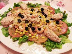 Deliciosa paparoca: Salada verde com camarão e pasta de atum
