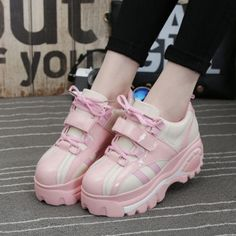 Thanks for the amazing pic @bubblechutea on instagram ^^ Color:pink.black. Size here: 4.5 B(M) US Women/3 D(M) US Men = EU size 35 = Shoes length 225mm Fit foot length 225mm/8.8in 5.5 B(M) US Women/4