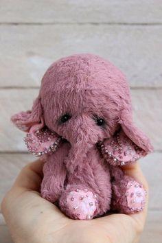 "Stuffed elephant "" Beauty"".Teddy Bear.OOAK teddy.Mini teddy bear.Artist teddy bear.Retro teddy bear.Teddy  The classical Teddy technology has been used to design the stuffed elephant. I used..."