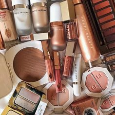 Love My Makeup, Cute Makeup, Makeup Storage, Makeup Organization, Makeup Goals, Makeup Inspo, Makeup Brands, Best Makeup Products, Skin Makeup