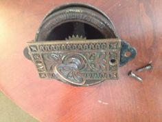 VINTAGE-PATD-MARCH-14-1899-DOOR-BELL-WITH-THUMB-TURN-KNOB-ORNATE