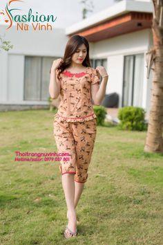Beautiful Pajamas Ideas For Women Night Suit For Girl, Girls Night Dress, Night Dress For Women, Night Gown, Kids Nightwear, Womens Dress Suits, Kurta Designs Women, Batik Dress, Fashion Sewing
