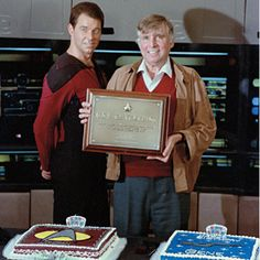 Jonathan Frakes and Gene Roddenberry celebrate their August 19th birthday with twin cakes.