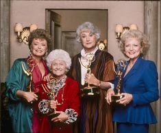 Bea Arthur, Betty White, Girl Facts, Old Actress, Golden Girls, Comedians, Actresses, Stock Photos, Comics