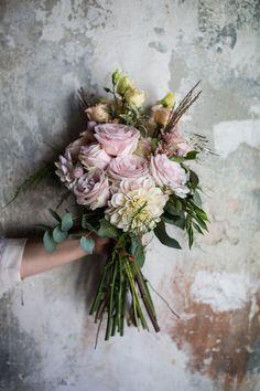 Brautstrauß in Pastell Violett und Flieder