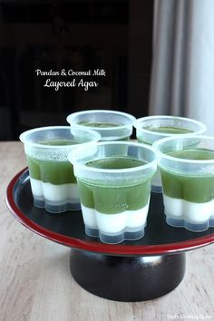 Super easy and super delicious dessert, not to mention vegan friendly and of course gluten free, what else can be this perfect right? Since we end up with two different colors, you can make an elaborate multi layer versionby alternating white and green layers like this. Or if you prefer a simpler option, simply make …