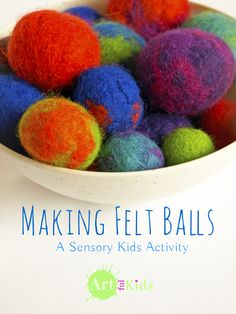 Making+felt+balls+-+a+creative+and+sensory+activity+for+kids+big+and+small! Projects For Kids, Craft Projects, Crafts For Kids, Fiber For Kids, Waldorf Crafts, Inspired Learning, Activities For Kids, Sensory Activities, Sensory Play