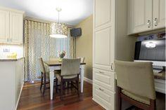 Beautiful Dining Room Design with Pendant Lighting