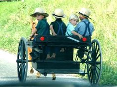 Amish children, Holmes County, Ohio