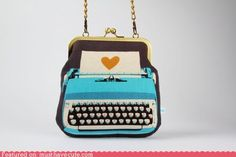 **typewriter retro fabric can be bought on http://www.modes4u.com/en/kawaii/p8606_canvas-retro-fabric-with-typewriter---flowers-by-Kokka.html
