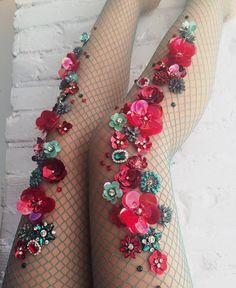 18.8 тыс. отметок «Нравится», 102 комментариев — Lirika Matoshi (@lirika.matoshi) в Instagram: «Wearing roses today!  #lirikamatoshi »