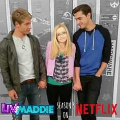 "Aw! The looks on Josh and Diggie's faces! ❤️ And, I love how Maddie's like . . . ""Mmmmmmm . . . This is awkward!"""