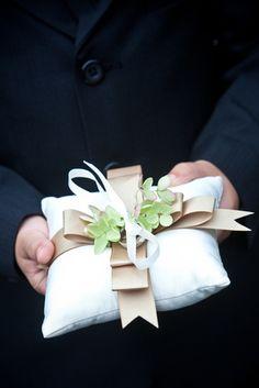 Ring Bearer Pillow Ideas   23 Unique Wedding Ring Pillows