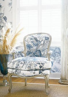 http://www.thibautdesign.com/inspiration/index/details/collection/Tidewater/pattern/Sweet Grass/id/689/