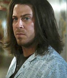 Screen cap by Nema Veze ....many faces of Kane..  Christian Kane in Leverage
