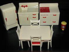 Renwal Kitchen Set Cream Red Great Condition Vintage Dollhouse Furniture Plastic | eBay