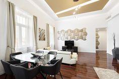 MOPA 3D dekorpanel egy harmonikus és lenyűgöző enteriőrben. Conference Room, 3d Wall, Table, Furniture, Google, Home Decor, Homemade Home Decor, Meeting Rooms, Mesas
