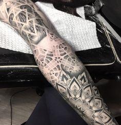 Tatuagem: Thais Valente