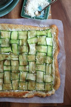zucchini and goat cheese pizza ~            ribbon, zucchini pizza ... how much fun to put this together ?!