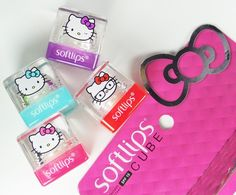 I have way too much lip balm, but if I saw these in store, I would buy them without hesitation. How can you resist, absolutely adorable! Softlips Cube Hello Kitty Limited Edition Holiday 2015 Gift Set | Nouveau Cheap