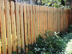 Shadowbox 6' high fence