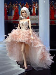 Loooooooove. I want to be this for Halloween. Ninimomo Miss Finland 2011 ooak barbie