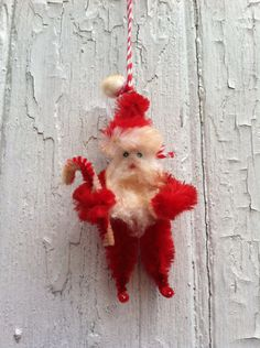 Vintage Style Pipe Cleaner Santa by shellyellie on Etsy
