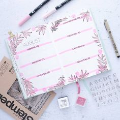 [Werbung] 🌸 and the week is almost over again . - [Advertising] 🌸 and the week is almost over again … and through the whole mess of return from - Diy Bullet Journal, Bullet Journal Banner, Bullet Journal Aesthetic, Bullet Journal Notebook, Bullet Journal Ideas Pages, Bullet Journal Spread, Bullet Journal Layout, Bullet Journal Inspiration, Kalender Design