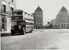 Fotografia de um autocarro antigo - 1947
