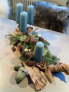15 Fabulous Christmas Candle Decoration Ideas To Delight Your Holiday – Unique Christmas Decorations DIY Christmas Candle Decorations, Christmas Arrangements, Christmas Candles, Noel Christmas, Rustic Christmas, Simple Christmas, Christmas Wreaths, Christmas Crafts, Christmas Ornaments
