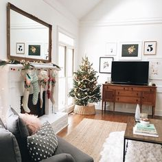 Winter Christmas living room decor #homedecor