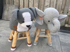 Crochet Animals, Crochet Toys, Crochet Baby, Knit Crochet, Free Crochet, Stool Cover Crochet, Crochet Furniture, Knitting Patterns, Easy Crochet Patterns