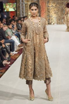 Bridal Rana Noman Latest 2014 PFWL Collection Pakistani Formal Dresses, Pakistani Dress Design, Pakistani Outfits, Indian Dresses, Indian Outfits, Latest Pakistani Fashion, Pakistani Designers, Pakistani Couture, Pakistani Bridal