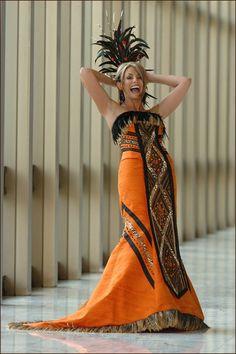 Maid of Honor - African Wedding Inspiration African Wedding Theme, African Wedding Attire, Ethnic Wedding, African Attire, African Wear, African Women, African Dress, African Inspired Fashion, African Print Fashion