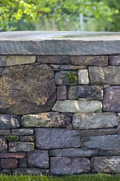 House Plant Maintenance Tips Pennsylvania Fieldstone Wall Smith Point Residence Landscape Architect: H. Dry Stack Stone, Stacked Stone Walls, Dry Stone, Stone Retaining Wall, Stone Fence, Landscaping Retaining Walls, Stone Landscaping, Stone Masonry, D House