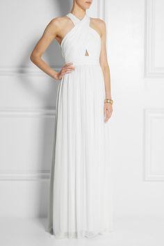 We love this Alice + Olivia maxi dress - it would be perfect for a beach wedding, and at just £420 it's a relative bargain!