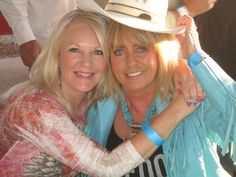 Author Anita Waggoner and fan at Cave Creek Rodeo.