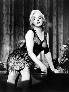 Radio: 'You Must Remember This': the woman spilling #Hollywood's long-held secrets:  Marilyn Monroe's sexual strategy, Lana Turner's daughter the killer and Charlie Chaplin's exile for being anti-Fascist..for her hit podcast, @karinalongworth has bn digging in the annals of Hollywood history – and her findings are fascinating: Podcast:  http://www.youmustrememberthispodcast.com/