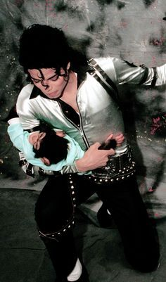 Love this photo! You give me butterflies inside Michael... ღ by ⊰@carlamartinsmj⊱