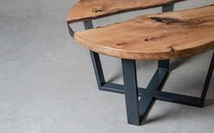 Round resin coffee table made oak slabs, river coffee table, live edge end table - DIY 和手作 - Resin Wood Resin And Wood Diy, Wood And Metal Table, Wooden Tables, Slab Table, Resin Table, Dining Table, Walnut Coffee Table, Wood Sculpture, Sculpture Ideas