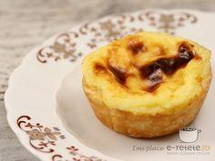 Tarte cu crema de vanilie Foodies, Cheesecake, Deserts, Muffin, Good Food, Snacks, Cooking, Breakfast, Recipes
