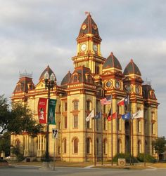 Caldwell County Courthouse, Lockhart, Texas. Built 1894. Image credit CMBJ.