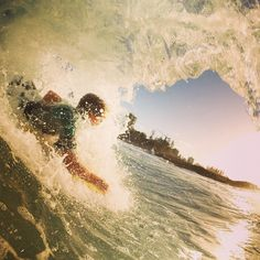 Some fun ones at froggies. This grom was having the time of his life. #coastalwatch #goldcoast #waterandlight #snapperrocks #oceandreams #goprobroficial #barrels #wavecave #teamtravelers #goldcoast4u #puregopro #gosurfalready #surflife #sunset #goprobroficial #barrels #rhythm #instafollow #fisheye #bestphoto #beachlife #instagood #oceandreams #wavecave #surflords #saltwater #fromwhereyoudratherbe by govisland