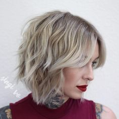 Medium-Length+Choppy+Wavy+Bob