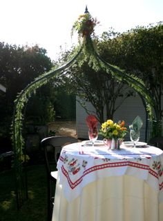Mr.  Mrs. table.. Vintage wedding, vintage arch, vintage wedding rentals. party rentals