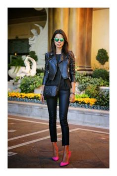 They look amazing with everything anytime whether that be a short dress, shorts, skinny jeans or skirts. In this post you can find 15 Great Ways To Wear Black Leather Jacket. Look Street Style, Street Style Trends, Look Fashion, Womens Fashion, Fashion Trends, Fashion Hacks, Fashion 2015, Fashion Ideas, Outfits Leggins