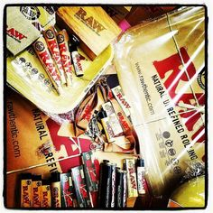 DEAL OF THE DAY  50% ALL RAW products!  Stock up now.   Whatchoo know bout dat rawthentic?? Come get you some.  #raw #rawthentic #rawlife #rawlife247 #buylocal #420life #420lifestyle #420society #stoner #stoners #stonersociety #papers #cones #tips #lanyard #rolling #tray #frisbee #wallet #beanie #stash #box #trident #double #barrel #roller #lighter #clipper #black #connousseur @rawlife247