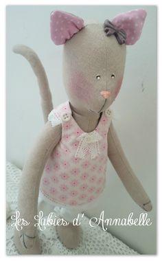 Chat d'inspiration Tilda style Shabby Chic en lin : Décoration pour enfants par leslubiesdannabelle