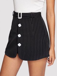 SheIn offers Single Breasted Striped Shorts & more to fit your fashionable needs. Single Men, Chor, Office Fashion, Fashion 2018, Striped Shorts, Single Breasted, Jeans, Short Dresses, Outfit